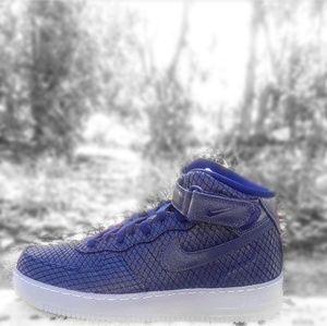 online retailer 26e13 59621 Nike Shoes - Men s Nike Air Force 1 Mid 07 LV8 (Size ...